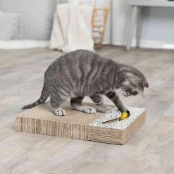 Kartonska grebalica za mačke sa lopticama